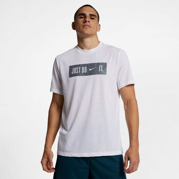 16ad31204e03 Nike Fitnesz Pólók for Férfi   Széles választék és a legjobb márkák ...