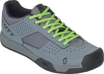 AR MTB cipő